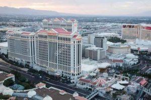 Крупнейшие казино Лас-Вегаса находятся не в Лас-Вегасе