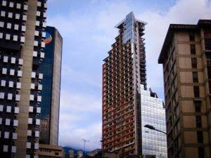 Башня Давида — самая высокая трущоба в мире