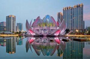 Здание в форме Лотоса — в Уцзине, Китай